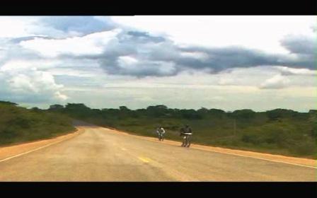 ای بی سی آفریقا- ساخته ی عباس کیارستمی-جاده های اوگاندا