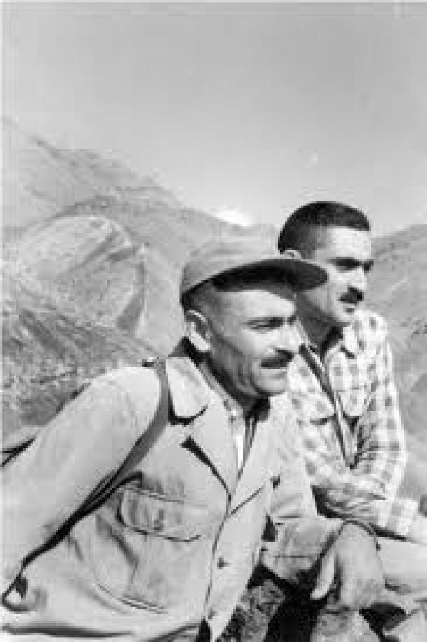 ایرج افشار و منوچهر ستوده