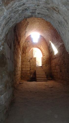 یکی از طاق های دوره ی ایلخانی در تخت سلیمان